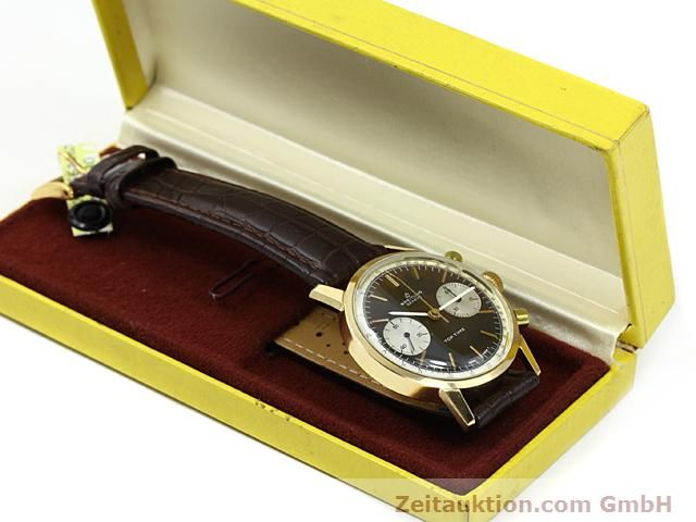 montre de luxe d occasion Breitling Top Time or 18 ct remontage manuel Kal. Valj 7730  | 140372 07