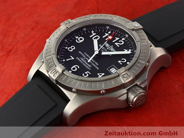 Used luxury watch Breitling Avenger titanium automatic Kal. ETA 2824-2 Ref. E17370  | 140987 01