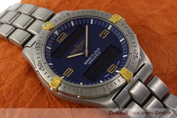 Used luxury watch Breitling Aerospace chronograph titanium / gold quartz Kal. B56 Ref. F56062  | 141205 16