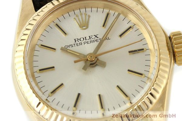 Used luxury watch Rolex Oyster Perpetual 18 ct gold automatic Kal. 2030 Ref. 6719  | 141271 02