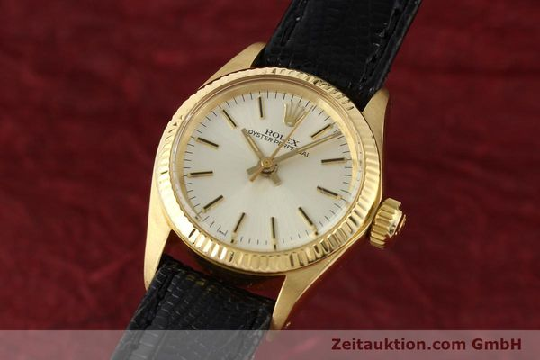 Used luxury watch Rolex Oyster Perpetual 18 ct gold automatic Kal. 2030 Ref. 6719  | 141271 04
