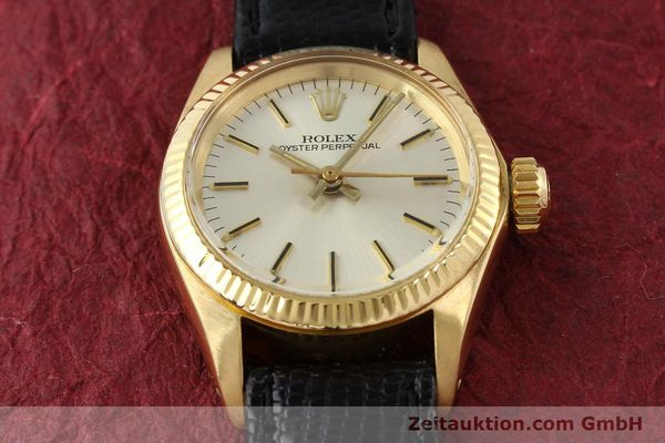 Used luxury watch Rolex Oyster Perpetual 18 ct gold automatic Kal. 2030 Ref. 6719  | 141271 15