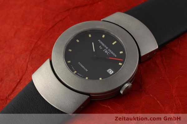 Used luxury watch IWC Porsche Design titanium quartz Kal. 2209 ETA 256111 Ref. 4520  | 141307 01