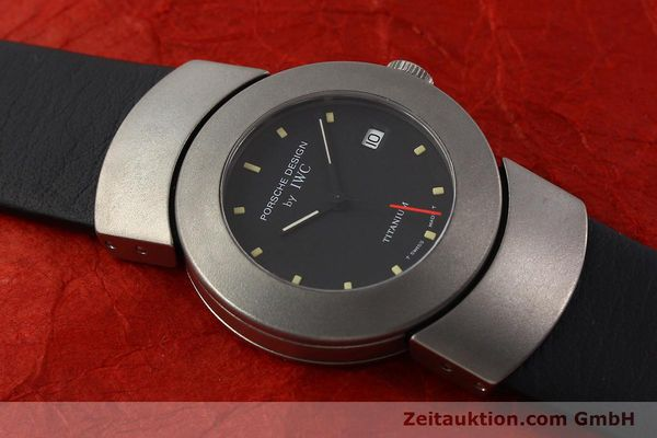 Used luxury watch IWC Porsche Design titanium quartz Kal. 2209 ETA 256111 Ref. 4520  | 141307 13