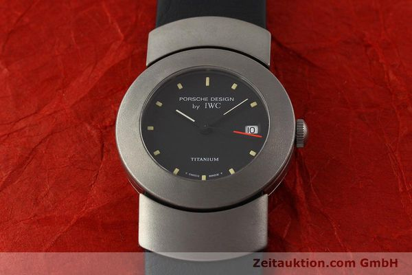 Used luxury watch IWC Porsche Design titanium quartz Kal. 2209 ETA 256111 Ref. 4520  | 141307 14