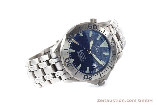 Used luxury watch Omega Seamaster titanium automatic Kal. 1120 Ref. 22318000  | 141319 03