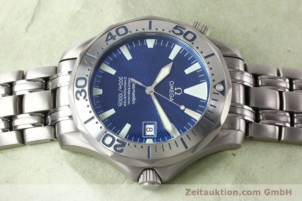 Used luxury watch Omega Seamaster titanium automatic Kal. 1120 Ref. 22318000  | 141319 05
