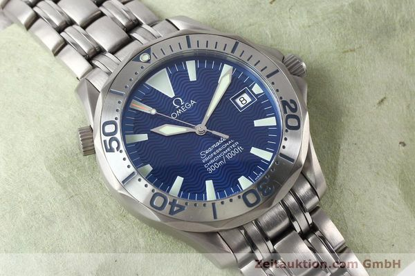 Used luxury watch Omega Seamaster titanium automatic Kal. 1120 Ref. 22318000  | 141319 17