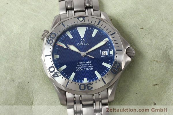 Used luxury watch Omega Seamaster titanium automatic Kal. 1120 Ref. 22318000  | 141319 18