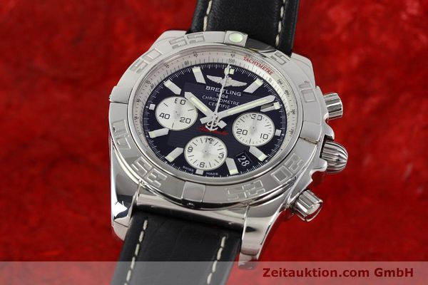 Used luxury watch Breitling Chronomat 44 chronograph steel automatic Kal. B01 Ref. AB0110  | 141405 04