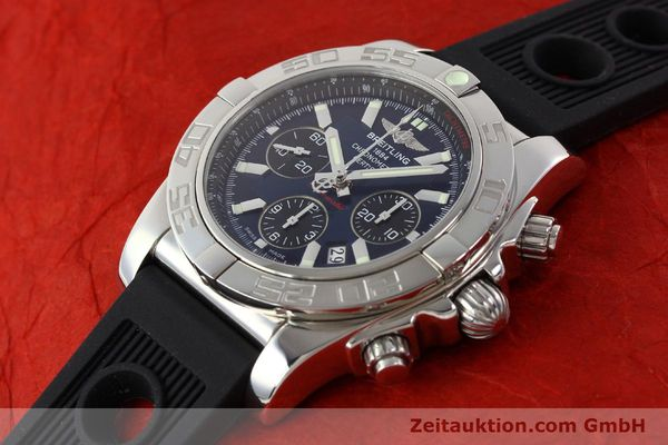 Used luxury watch Breitling Chronomat 44 chronograph steel automatic Kal. B01 Ref. AB0110  | 141407 01
