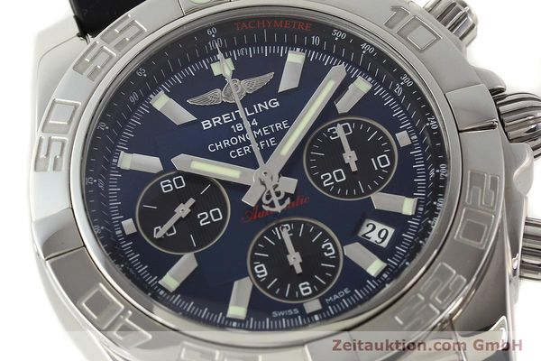 Used luxury watch Breitling Chronomat 44 chronograph steel automatic Kal. B01 Ref. AB0110  | 141407 02