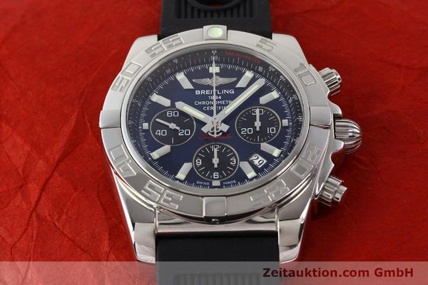 Used luxury watch Breitling Chronomat 44 chronograph steel automatic Kal. B01 Ref. AB0110  | 141407 15