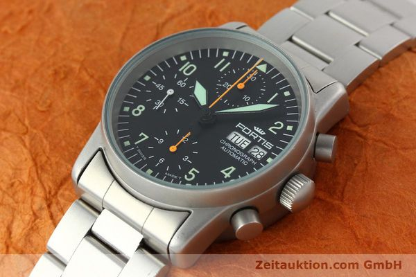 Used luxury watch Fortis Cosmonauts Chronograph chronograph steel automatic Kal. ETA 7750 Ref. 622.10.141  | 141483 01