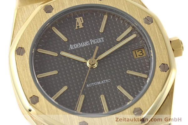 montre de luxe d occasion Audemars Piguet Royal Oak or 18 ct automatique Kal. 2123 Ref. B27623  | 141551 02