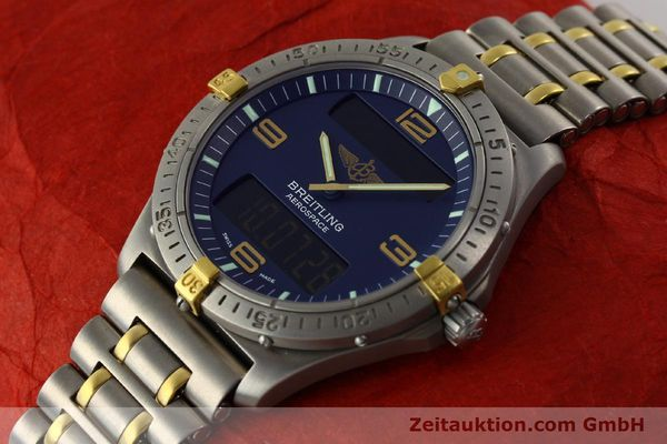 Used luxury watch Breitling Aerospace chronograph titanium / gold quartz Kal. B56 ETA 988332 Ref. F56062  | 141568 01