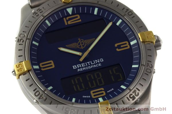 Used luxury watch Breitling Aerospace chronograph titanium / gold quartz Kal. B56 ETA 988332 Ref. F56062  | 141568 02