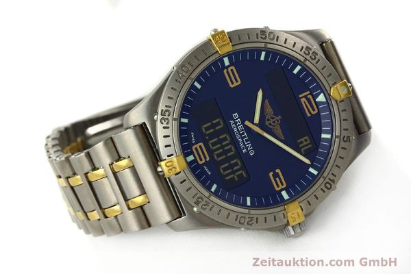Used luxury watch Breitling Aerospace chronograph titanium / gold quartz Kal. B56 ETA 988332 Ref. F56062  | 141568 03