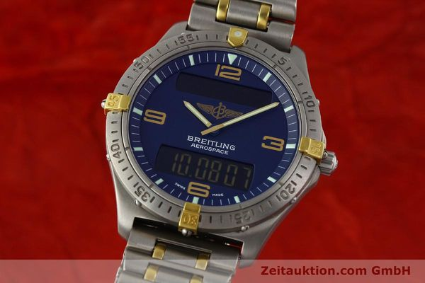Used luxury watch Breitling Aerospace chronograph titanium / gold quartz Kal. B56 ETA 988332 Ref. F56062  | 141568 04