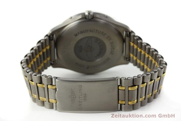 Used luxury watch Breitling Aerospace chronograph titanium / gold quartz Kal. B56 ETA 988332 Ref. F56062  | 141568 10