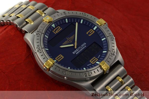 Used luxury watch Breitling Aerospace chronograph titanium / gold quartz Kal. B56 ETA 988332 Ref. F56062  | 141568 13