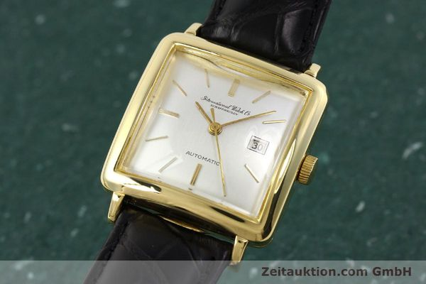 Used luxury watch IWC * 18 ct gold automatic Kal. C.8521  | 141661 04