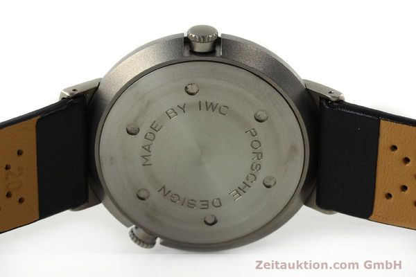Used luxury watch IWC Porsche Design titanium quartz Kal. 643 Ref. 3821/3822  | 141761 08
