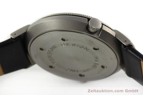 Used luxury watch IWC Porsche Design titanium quartz Kal. 643 Ref. 3821/3822  | 141761 12