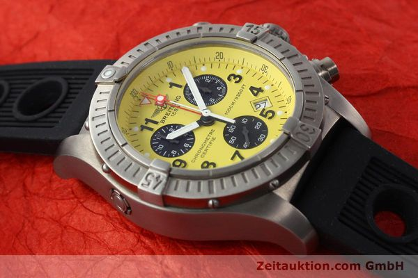 Used luxury watch Breitling Avenger chronograph titanium quartz Kal. B73 Ref. E73360  | 141886 14