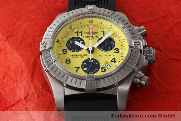 Used luxury watch Breitling Avenger chronograph titanium quartz Kal. B73 Ref. E73360  | 141886 15