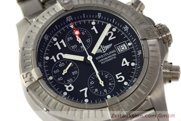 Used luxury watch Breitling Avenger chronograph titanium automatic Kal. B13 ETA 7750 Ref. E13360  | 141982 02