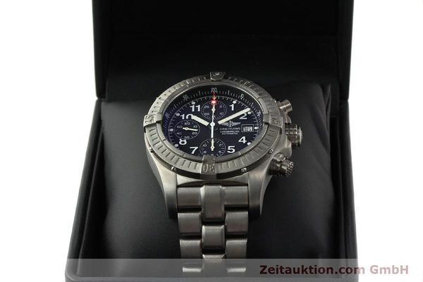 Used luxury watch Breitling Avenger chronograph titanium automatic Kal. B13 ETA 7750 Ref. E13360  | 141982 07