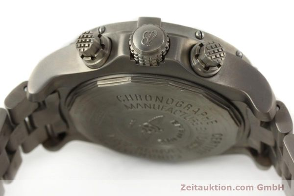 Used luxury watch Breitling Avenger chronograph titanium automatic Kal. B13 ETA 7750 Ref. E13360  | 141982 08