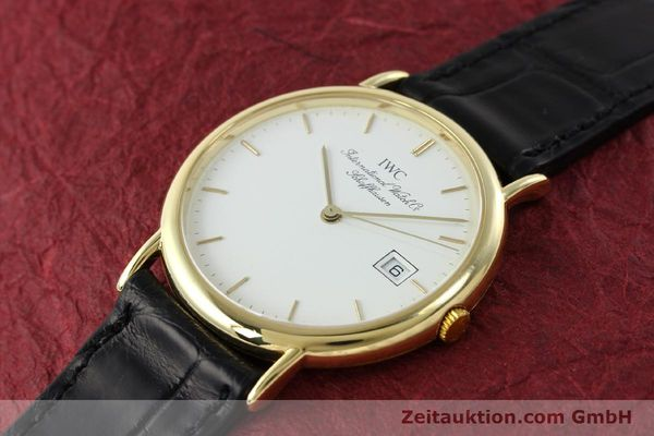 Used luxury watch IWC Portofino 18 ct gold quartz Kal. 2210 ETA 255411 Ref. 3331  | 141989 01