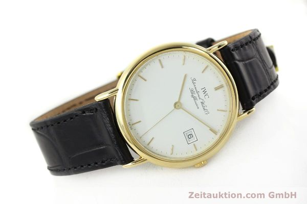 Used luxury watch IWC Portofino 18 ct gold quartz Kal. 2210 ETA 255411 Ref. 3331  | 141989 03