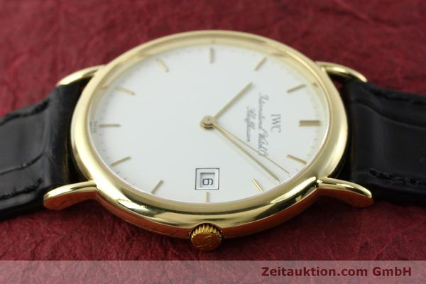Used luxury watch IWC Portofino 18 ct gold quartz Kal. 2210 ETA 255411 Ref. 3331  | 141989 05