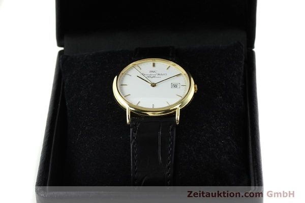 Used luxury watch IWC Portofino 18 ct gold quartz Kal. 2210 ETA 255411 Ref. 3331  | 141989 07