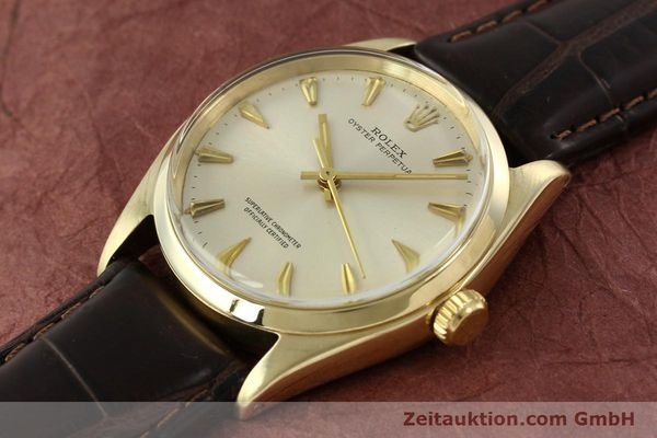 Used luxury watch Rolex Oyster Perpetual 14 ct yellow gold automatic Kal. 1560 Ref. 1002  | 142095 01