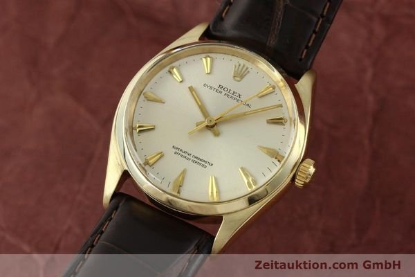 Used luxury watch Rolex Oyster Perpetual 14 ct yellow gold automatic Kal. 1560 Ref. 1002  | 142095 04