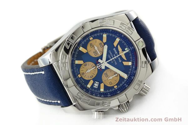 Used luxury watch Breitling Chronomat 44 chronograph steel automatic Kal. B01 Ref. AB0110  | 142190 03