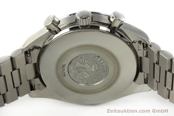 Used luxury watch Omega Speedmaster chronograph steel automatic Kal. 3220 Ref. 35105000  | 142319 09