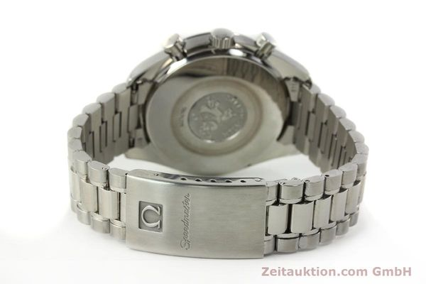 Used luxury watch Omega Speedmaster chronograph steel automatic Kal. 3220 Ref. 35105000  | 142319 13