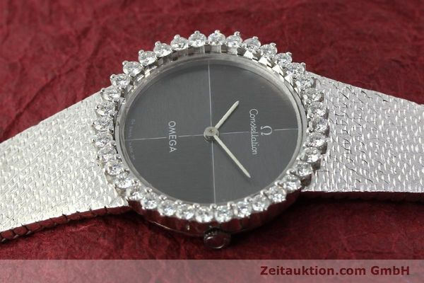 Used luxury watch Omega Constellation 18 ct white gold manual winding Kal. 700  | 142339 05