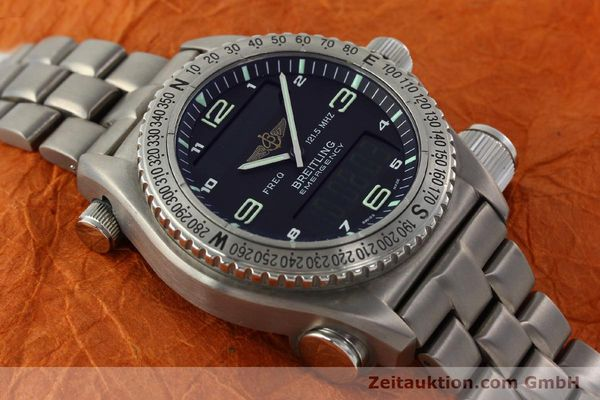 Used luxury watch Breitling Emergency titanium quartz Kal. B56 Ref. E56121.1  | 142498 14