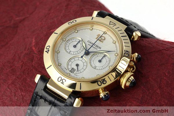 Used luxury watch Cartier Pasha chronograph 18 ct gold automatic Kal. 205  | 142527 01