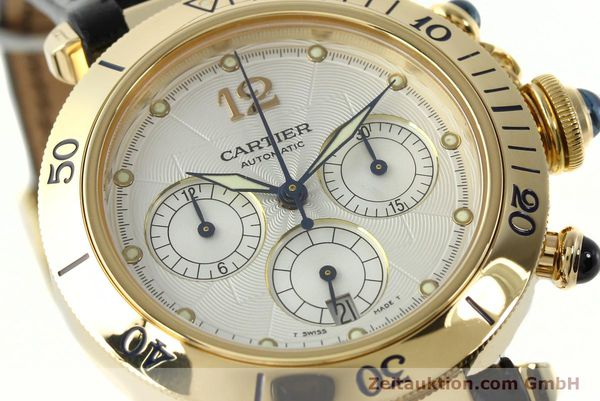 Used luxury watch Cartier Pasha chronograph 18 ct gold automatic Kal. 205  | 142527 02