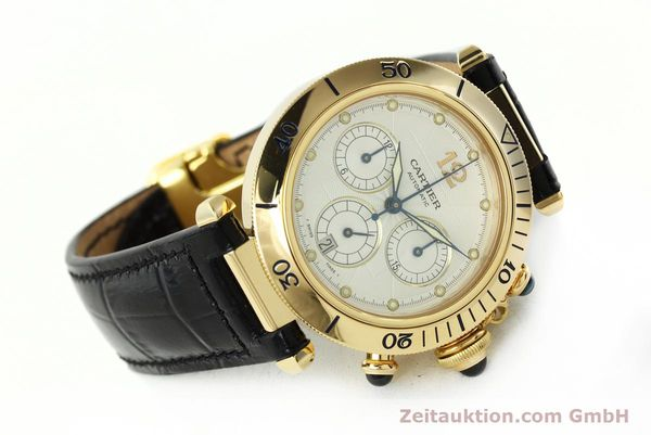 Used luxury watch Cartier Pasha chronograph 18 ct gold automatic Kal. 205  | 142527 03
