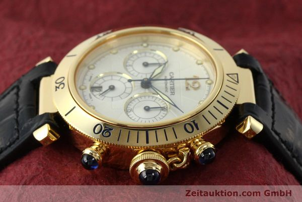 Used luxury watch Cartier Pasha chronograph 18 ct gold automatic Kal. 205  | 142527 05