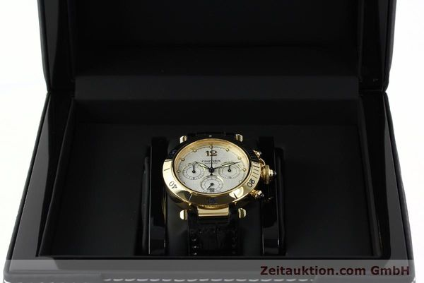 Used luxury watch Cartier Pasha chronograph 18 ct gold automatic Kal. 205  | 142527 07