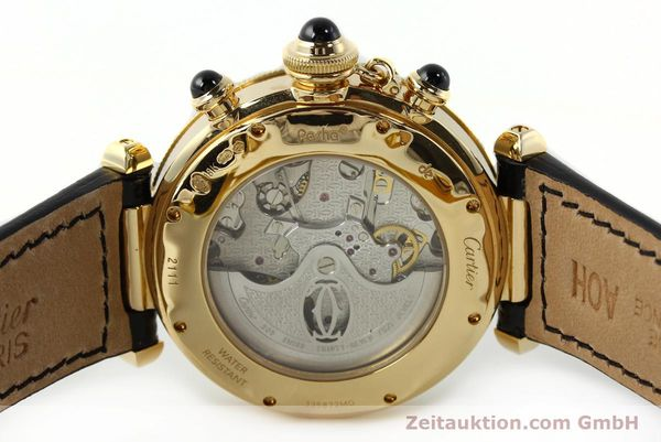 Used luxury watch Cartier Pasha chronograph 18 ct gold automatic Kal. 205  | 142527 08